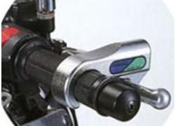 Detalle de la instalacion del antirrobo para maneta NIKKO.